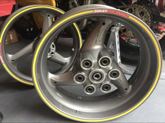 Ducati 900ss ie Wheels 3