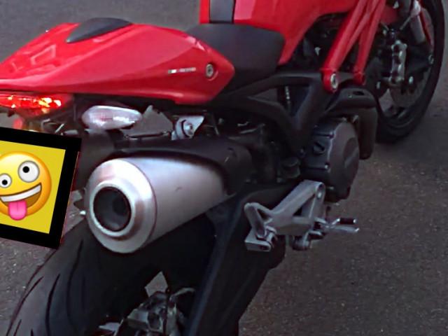 Ducati Monster 696 ABS (2014) 2