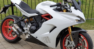 SuperSport S - 2017 - Sports Pack - FSH - Immaculate