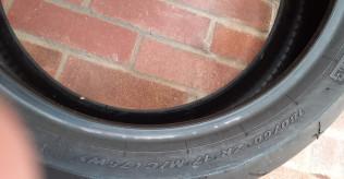 Pirelli durable rosso II tyre
