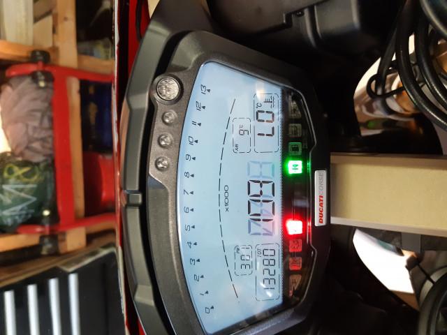 Ducati 1098s Tricolore 7