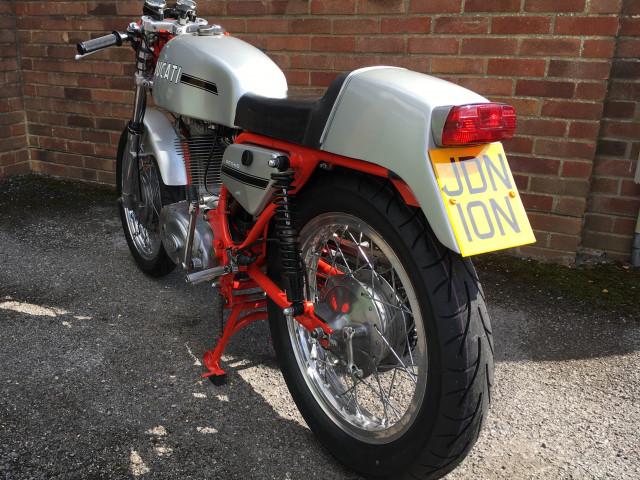 Ducati 450 Desmo 1972 5