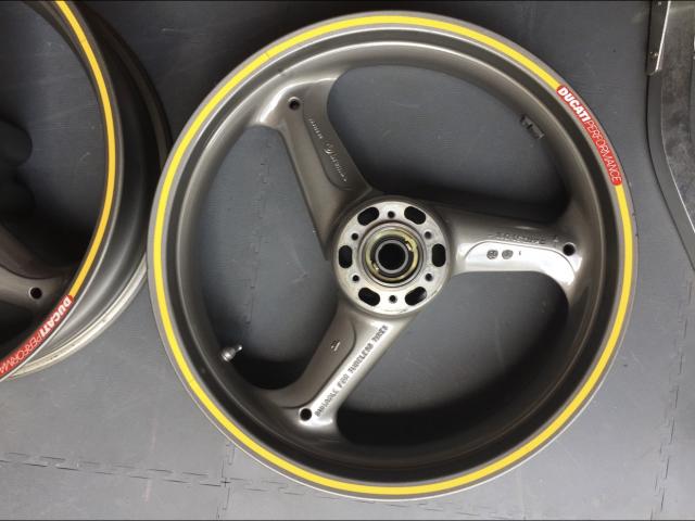 Ducati 900ss ie Wheels 0
