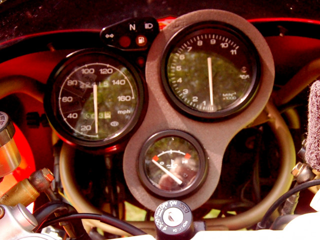 Ducati 750SS, year 2000, Fully Serviced, Long-term Owner 5