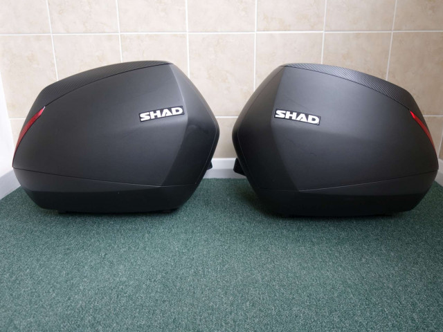 Used SHAD SH36 luggage set to suit Ducati Diavel 2011 1