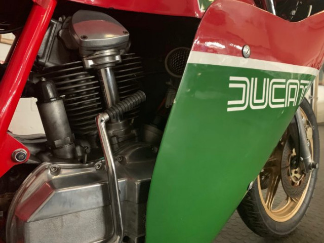 1981 900SS Bevel early MHR (Mike Hailwood Replica) steel tank 1-piece fairing Conti's only 6,000miles! 5