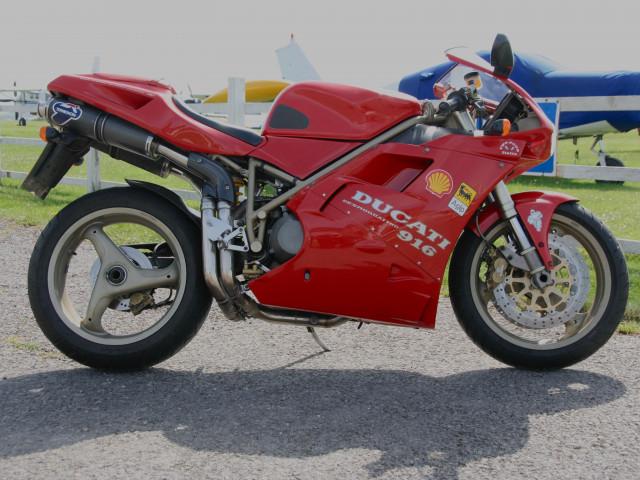 1997 Ducati 916 Biposto 1