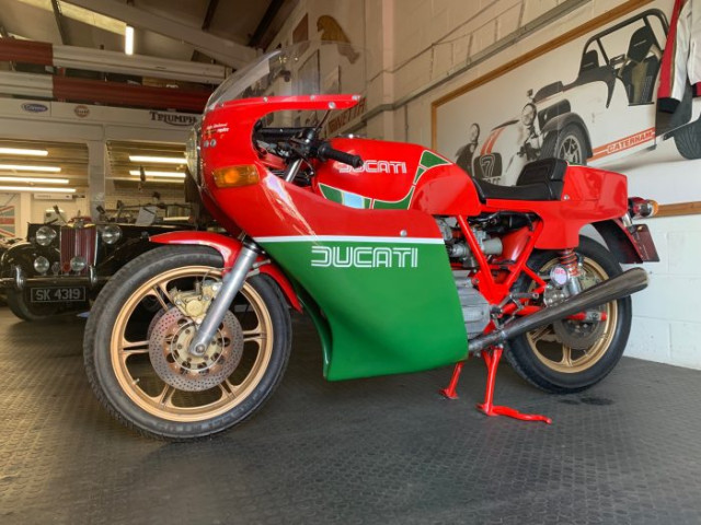 1981 900SS Bevel early MHR (Mike Hailwood Replica) steel tank 1-piece fairing Conti's only 6,000miles! 10