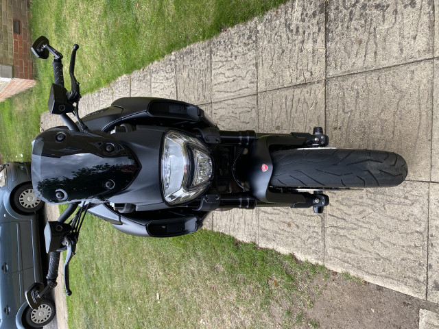 DUCATI DIAVEL 1200 ABS 2