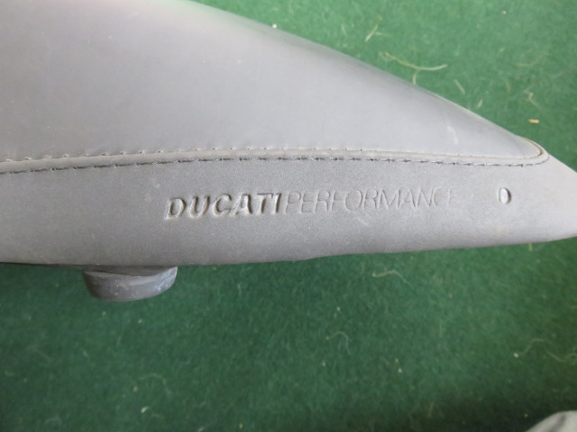 Monster Ducati Performance Comfort seat 1