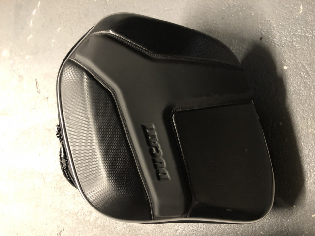Ducati semi-rigid side panniers and rack for Monster 1200 5