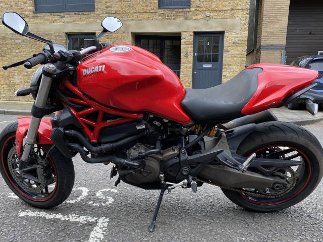 Ducati Monster 821 Red 2016 - for sale 3