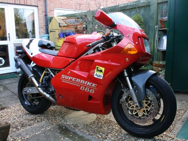 Ducati 888SP5 1