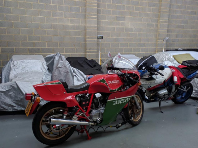1981 900SS Bevel early MHR (Mike Hailwood Replica) steel tank 1-piece fairing Conti's only 6,000miles! 12